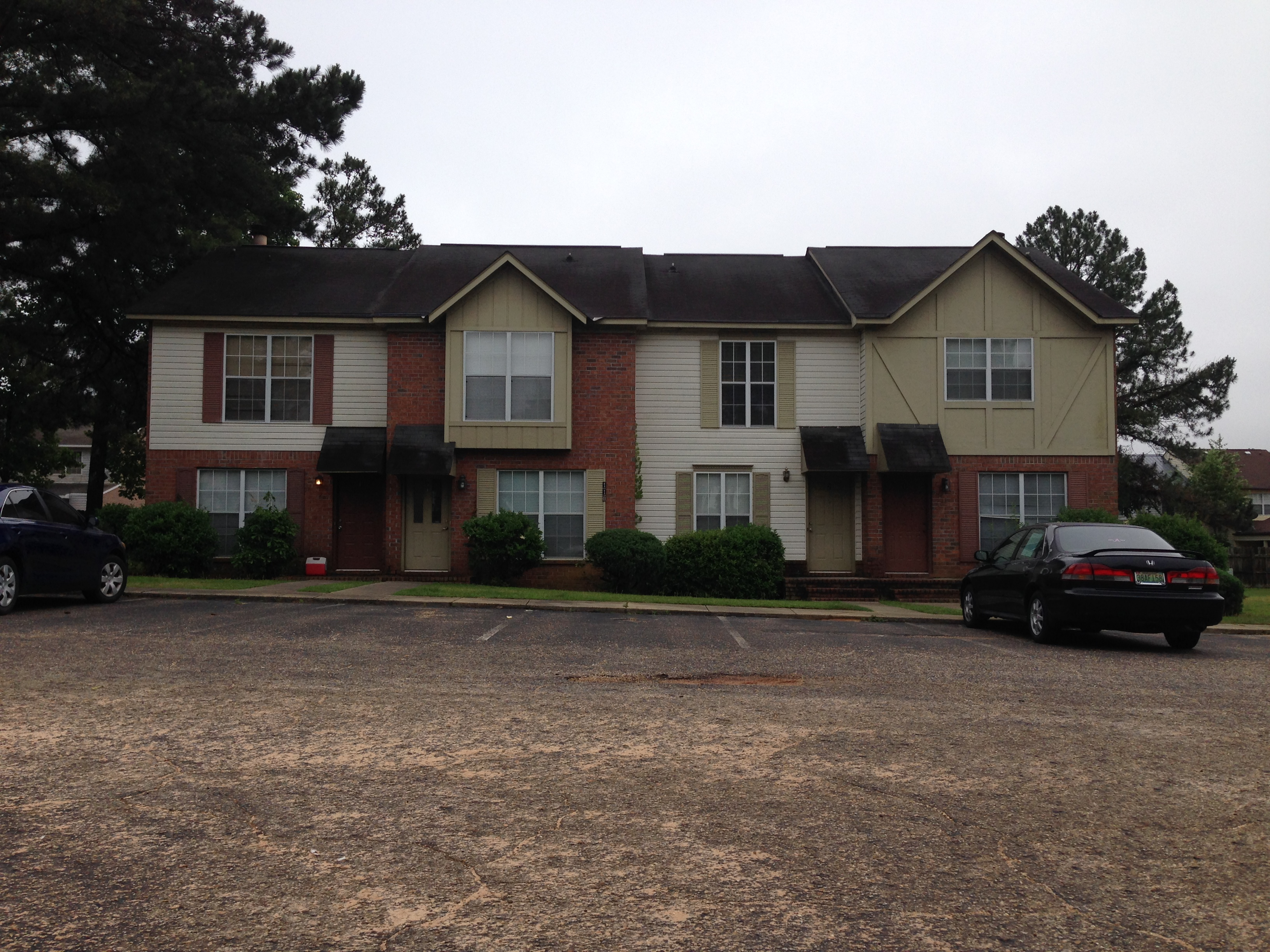 Awe Inspiring Chapelwood Townhomes Dothan Homes For Rent Interior Design Ideas Philsoteloinfo